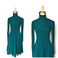 Vintage Green Wool Dress - Neiman Marcus - 70s dress - winter dress - fit and flare - Small Medium