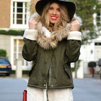 Green Fur Hooded Long Sleeve Drawstring Coat