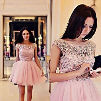 Pink Cocktail Dresses 2017 Bateau Cap Sleeve Sequins Beading Short Chiffon Cheap Homecoming Gowns Prom Party Gowns