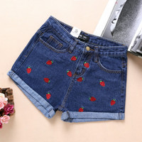 Short Feminino 2016 Spring Summer High Waist Denim Shorts Women Strawberry Embroidery Curling Casual Short Jeans Shorts Femme