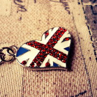British Heart Necklace Union Jack Impression with T-bar Lock