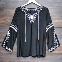 maldives free spirited front tie white embroidered tunic - black