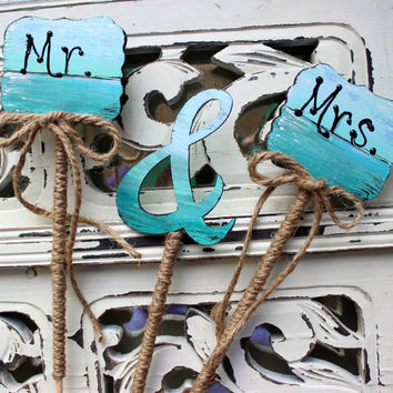 Rustic Beach Wedding Cake Topper Hand Painted Mr & Mrs sign With Ampersand 3 Piece Set, Reception Decor