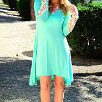 ALWAYS ON MY MIND DRESS IN MINT