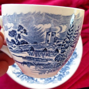 Wedgewood Countryside Teacup, Saucer, Vintage, Great