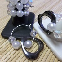 Wine Glass Charm Hoops, Hematite Open Hearts with Pearls Set of 6 Wedding Glass Charms
