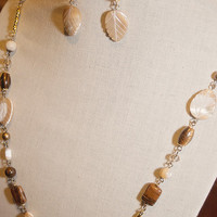 Handmade Champagne Mother of Pearl Necklace Tiger Iron Gemstone Necklace Ivory Leaf Necklace
