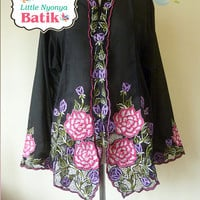 size 4XL: Plus Size Peranakan Kebaya Basic Quality. motif Bird/Butterfly. white/red/pink