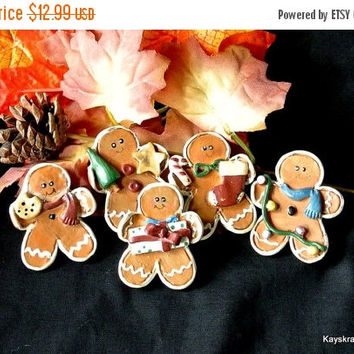 CIJ SALE 25% OFF Christmas Button Covers, Vintage Gingerbread Men Button Covers, Christmas Gift, Gift for Her