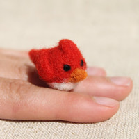 Needle felted red bird, angry bird, cardinal, made to order, soft sculpture, bird miniature