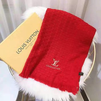 LV 2018 winter new trend women's models wild long shawl scarf