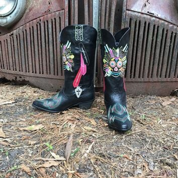 Tribal Feathers Western Boots