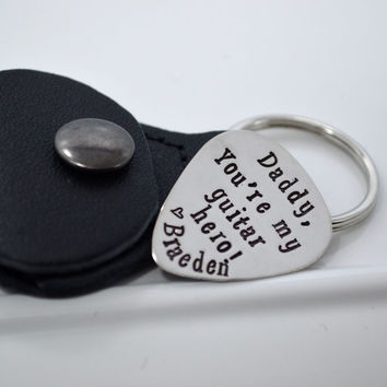 Daddy Personalized Guitar Pick Keychain   Guitar Hero Gift for Dad