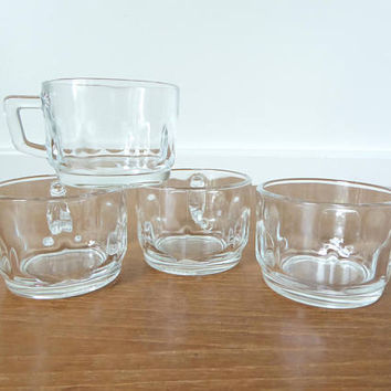 Four Arcoroc France clear thumbprint espresso, demitasse cups in excellent condition