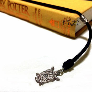Wizard's Owl Bookmark: suede cord with snowy owl charm (adjustable & no-slip)