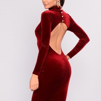 Every Day Is The Weekend Velvet Dress - Burgundy