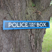 Dr Who Police Box Wooden Sign