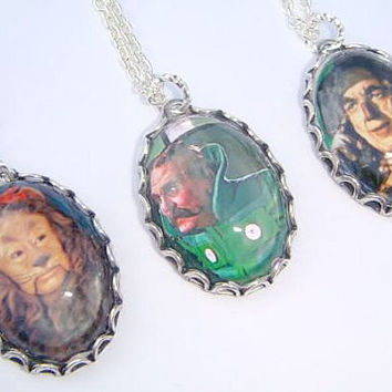 Wizard of Oz Necklace - Picture Charm Necklace - Cameo Pendant - Lion Scarecrow Oz - Wizard Jewelry - No Place Like Home - OZ Jewellery