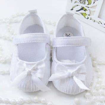 Girls Bowknot Satin Crib Shoes Princess Shoes