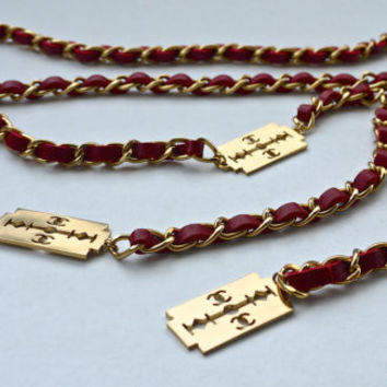 Vintage CHANEL Gold Razor Blade Belt Necklace