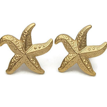 Gold Tone Starfish Clip On Earrings - Vintage Beach Theme Detailed Starfish Clip Ons - Cruise Wear Jewelry Lightweight