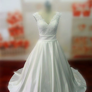 Real Samples Lace Bodice Wedding Dress with Sash, Chapel Train Lace-up Bridal Gown