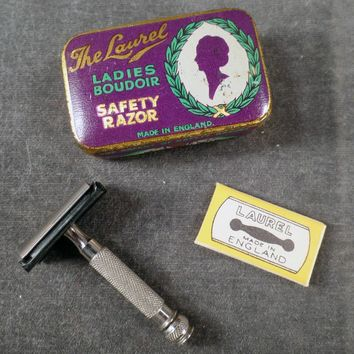 Vintage Ladies Safety Razor with Original Tin & Blade - The Laurel