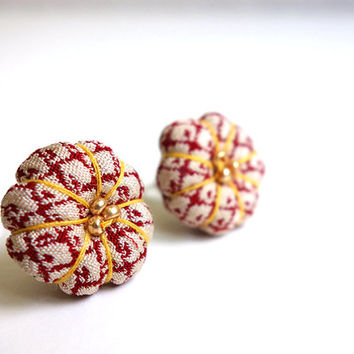 Blooming Kimono earrings, Plum blossom of Japanese kimono, White and Red Japanese earrings