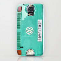 Adventure wolkswagen. Summer dreams. Green Galaxy S5 Case by Guido Montañés