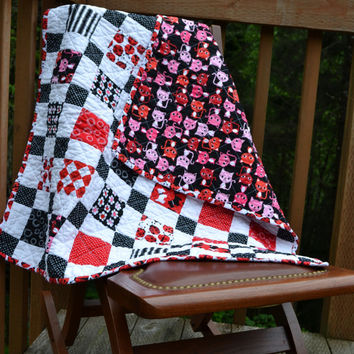 Handmade Baby Girl Urban Zoology Nursery Crib Quilt Red Black White