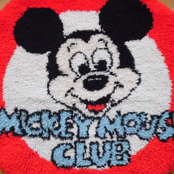 FREE SHIPPING - Mickey Mouse Rug/Latch Hook Rug/Disney Rug/Large Rug/Vintage Latch Hook Rug/Mickey Mouse Club