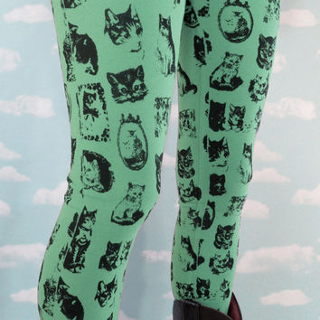 Mint Kitty Leggings. XS