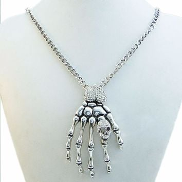 Bella Fashion Vintage Style Heart Hand Skeleton Bone Pendant Necklace Austrian Crystal Rhinestone Necklace For Party