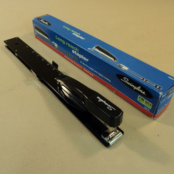 Swingline Long Reach Stapler Professional Series Uses SF4 Staples 34121 -- Used