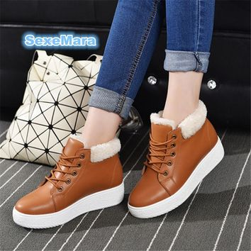 2017 women casual shoes winter snow Leather woman flat shoes fashion loose cake warm blanket High top cotton shoes zapatos mujer