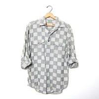 Vintage checkered shirt. 90s Button down BOYFRIEND shirt. Slouchy shirt. White Grey Black Hipster button up. Tomboy Grunge preppy. Medium
