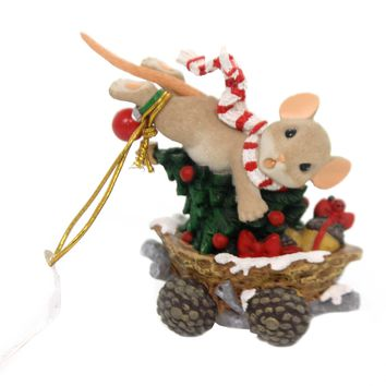 Charming Tails HOLD ON TIGHT THE HOLIDAYS GO FAST Polyresin Christmas 131633