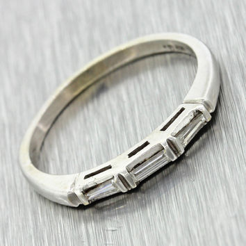 1950s Antique Art Deco 18k Solid White Gold .15ctw Diamond Wedding Band Ring