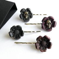 Medieval gothic bobby pins 4 pack - SKULL TUDOR ROSE in rose and silver