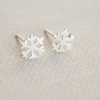 Tiny snowflake earrings,925 Sterling Silver snowflake earring studs