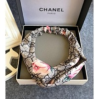 GUCCI Wide Flower Letter Print Cross Retro Ancient Contrast Color Headband Hair Band Accessories Grey I12166-1