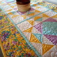 spring floral quilted table runner, yellow white kitchen quilt, handmade table quilted linen, country cottage chic decor, spring colors
