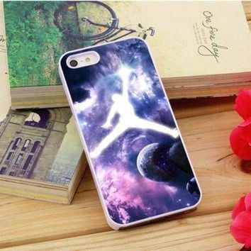 CREYUG7 Michael Jordan In Galaxy Nebula iPhone 5|5S|5C Case Auroid