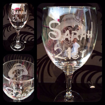 Personalised Disney Princess Wine Glass With Free Name Engraved In Disney Font. Totally Unique Gift For Any Disney Fan!
