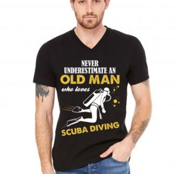 Never Underestimate An Old Man Who Loves Scuba Diving V-Neck Tee