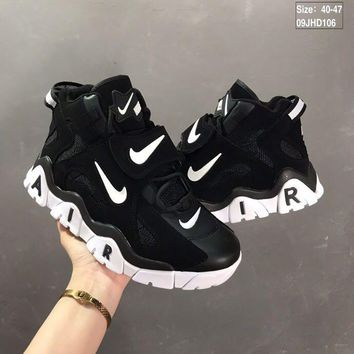 Nike Air Barrage Mid QS Black/White