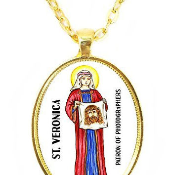St Veronica Patron Saint of Photographers Huge 30x40mm Bright Gold Pendant with Chain Necklace