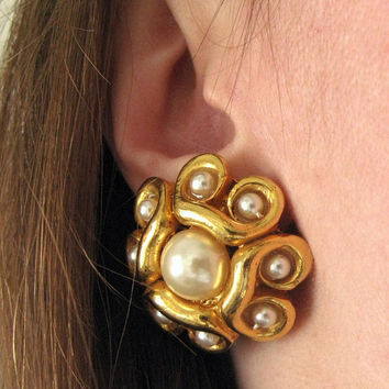 Alexis Lahellec earrings - 80s vintage gold pearl metallic clip-on designer costume jewelry big oversized round large statement french paris