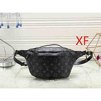 Louis Vuitton LV Woman Men Fashion Leather Waist Bag Single Shoulder Bag Crossbody