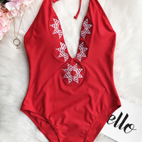 Cupshe Dancing Rose Embroidered One-piece swimsuit